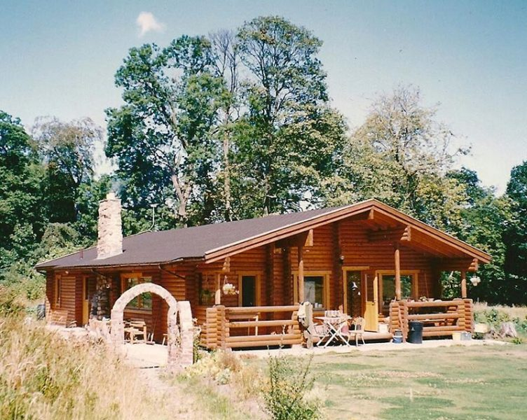 Tupa Finnish Log Cabin, Penley, Wrexham