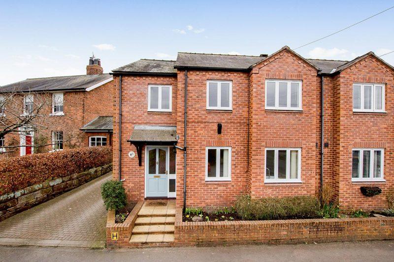 Granary Cottage, High Street, Farndon, Chester